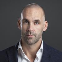 Richard van Hooijdonk 200x200