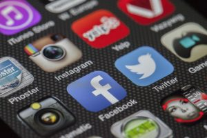 7 tips om cyberpesten tegen te gaan binnen jouw school